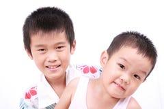 Dos niños asiáticos Imagen de archivo libre de regalías
