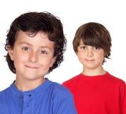 Dos niños divertidos Imagen de archivo