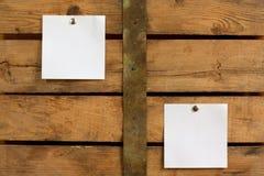 Dos notas en blanco fotografía de archivo