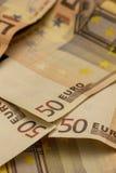 Dos notas euro con la reflexión Foto de archivo libre de regalías
