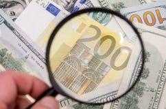 Dos notas euro con la reflexión Imagen de archivo libre de regalías