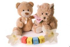 Dos osos del peluche en amor Fotografía de archivo