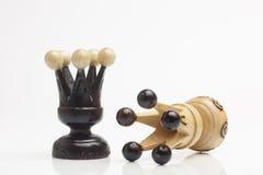 Dos pedazos de ajedrez de madera solamente Imágenes de archivo libres de regalías