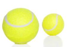 Dos pelotas de tenis Imágenes de archivo libres de regalías