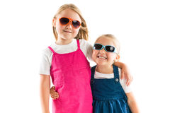 Dos pequeñas hermanas felices Fotos de archivo