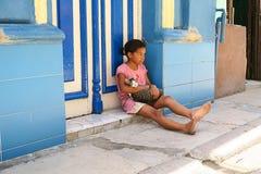 Dos pequeños amigos en La Habana Imágenes de archivo libres de regalías