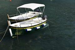 Dos pequeños barcos de placer italianos Fotos de archivo