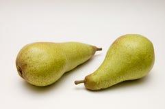 Dos peras verdes Imagen de archivo libre de regalías