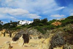 DOS Pescadores, Albufeira, Portugal del Praia Imagen de archivo libre de regalías