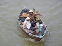 Dos pescadores vietnamitas Foto de archivo libre de regalías