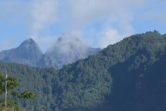 Dos picos en Nepal del este imagen de archivo
