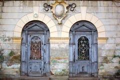 Dos puertas antiguas fotografía de archivo