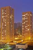 Dos rascacielos residenciales y área adyacente Imagenes de archivo