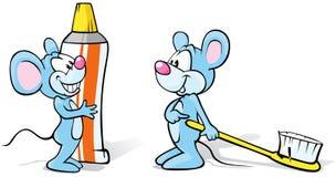 Dos ratones con crema dental y el cepillo de dientes libre illustration