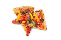 Dos rebanadas de pizza vegetal imágenes de archivo libres de regalías