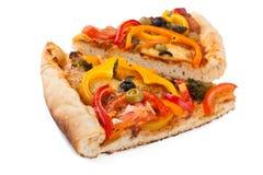 Dos rebanadas de pizza vegetal foto de archivo