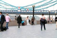 Dos recienes casados japoneses imágenes de archivo libres de regalías