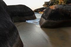 DOS Reis et Ilha d'Angra grands sont les destinations de touristes en Rio de Janeiro Photos stock
