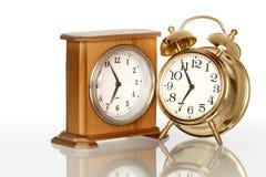 Dos relojes de alarma Imagen de archivo