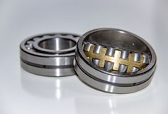 Dos rodamientos de rodillos esféricos de la fila doble Fotos de archivo