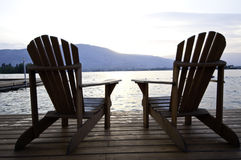 Dos sillas imagen de archivo libre de regalías