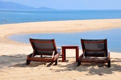 Dos sillas de playa Imagenes de archivo