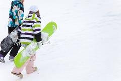 Dos snowboarders imagen de archivo