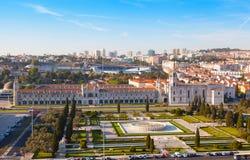 DOS storico Jeronimos di Mosteiro del monastero di Lisbona Immagini Stock Libere da Diritti