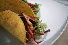 Dos Tacos en una placa Foto de archivo libre de regalías