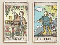 Dos tarjetas de Tarot Imágenes de archivo libres de regalías
