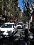 Dos taxis en la calle estrecha de Madrid Imagen de archivo