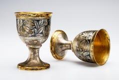 Dos tazas antiguas del vino Foto de archivo libre de regalías