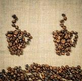 Dos tazas de café en el fondo de los manteles de lino Diseño lindo del menú Imágenes de archivo libres de regalías