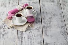 Dos tazas de café recientemente elaborado cerveza del café express Fotografía de archivo