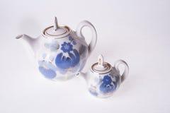 Dos teteras de la porcelana Fotografía de archivo libre de regalías