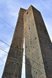 Dos torres en Bolonia, Italia Imagenes de archivo