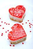 Dos tortas en forma de corazón de la jalea Foto de archivo