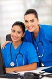 Trabajadores modernos de la atención sanitaria fotografía de archivo libre de regalías