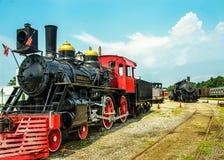 Dos trenes que montan los carriles Imagenes de archivo
