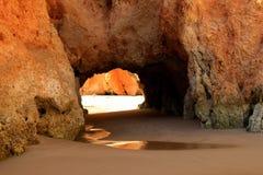 DOS Tres Irmaos, Algarve del Praia Foto de archivo