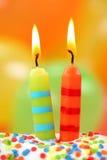 Dos velas del cumpleaños imagen de archivo libre de regalías