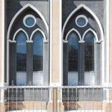 Dos ventanas en iglesia Imagen de archivo