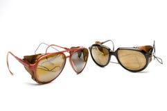 Dos vidrios de las gafas de sol del glaciar foto de archivo