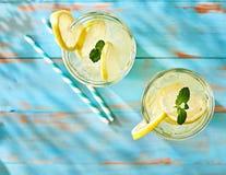Dos vidrios de limonada Fotografía de archivo libre de regalías