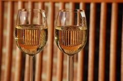 Dos vidrios de vino Fotos de archivo