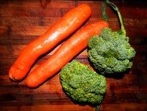 Dos zanahorias y bróculies dos Fotos de archivo