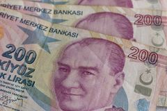 Doscientos billetes de banco de lira turca en la circulación foto de archivo libre de regalías