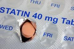 Dose quotidiana della compressa di statina fotografia stock libera da diritti