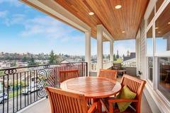 Doskonalić zakrywającego balkon z widokiem Fotografia Royalty Free