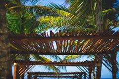 Dossel de madeira da praia Fotografia de Stock Royalty Free